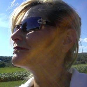 Kelly Jayne McCann - Professional Organizer & Clutter Coach